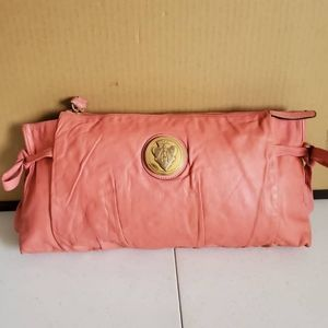 GUCCI Leather Large Hysteria Clutch Pink